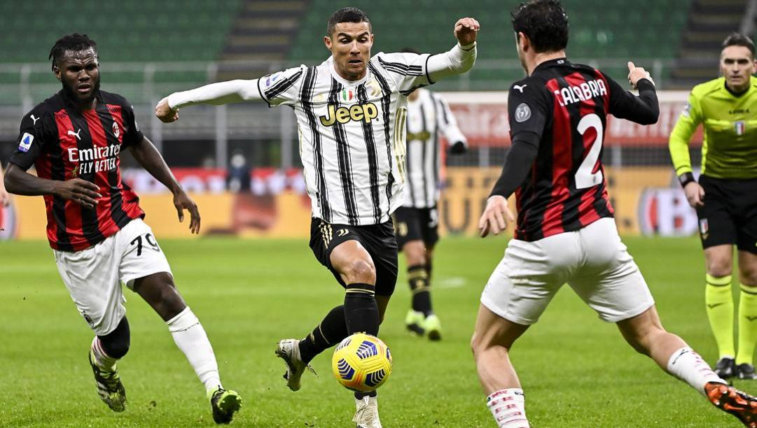 Cristiano Ronaldo in azione al Meazza. LaPresse