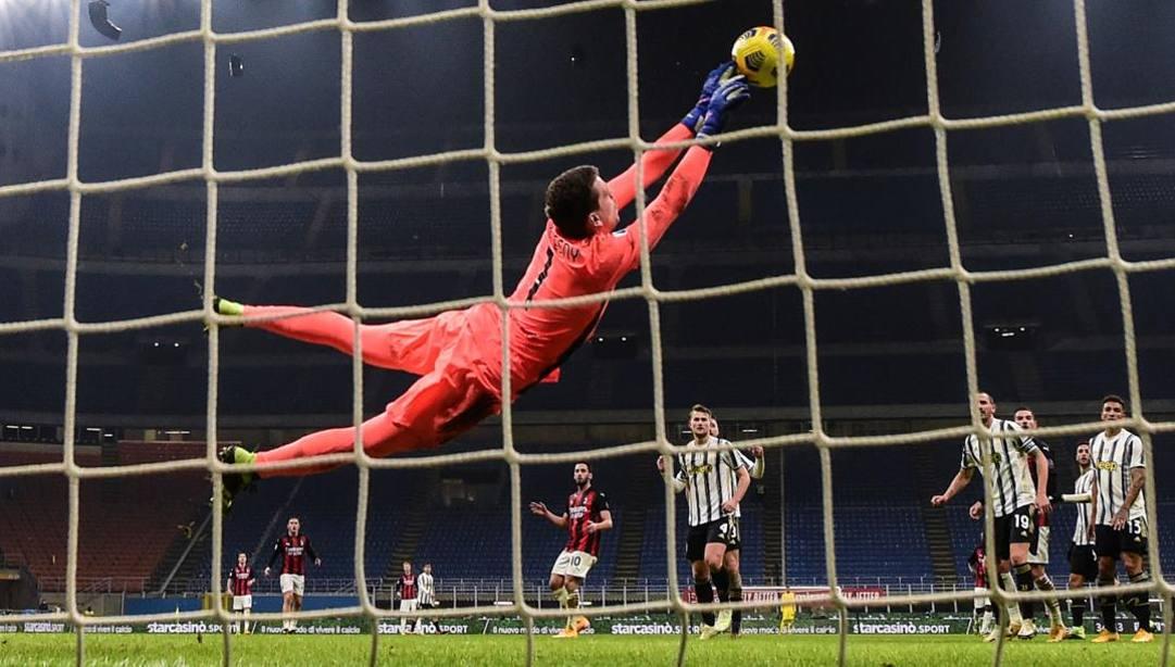 Wojciech Szczesny, portiere della Juve, mercoledì a San Siro contro il Milan. Afp