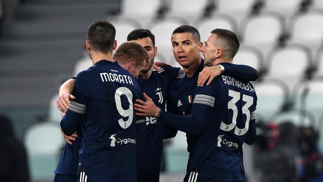 Ronaldo festeggia coi compagni. Getty