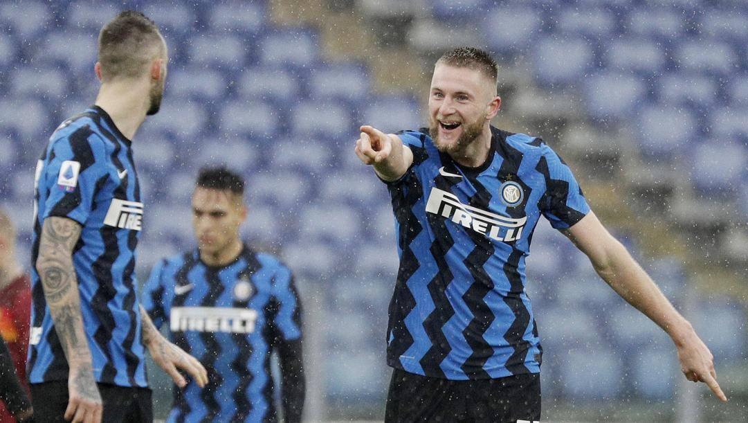 Milan Skriniar dopo il gol alla Roma. Ap