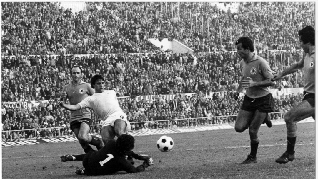 Bruno Giordano in un derby della Capitale