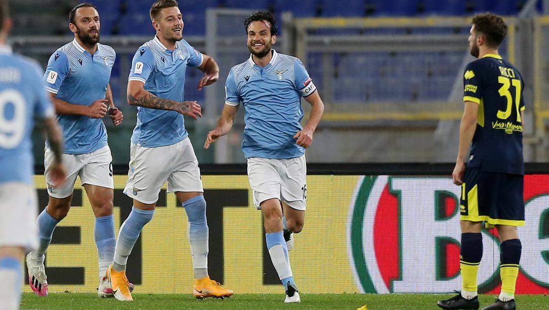 La gioia di Marco Parolo dopo il gol. Getty Images