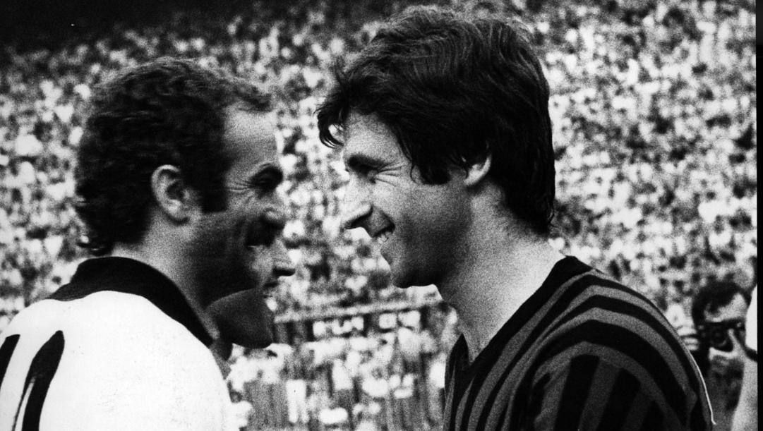 Sandro Mazzola e Gianni Rivera nel derby del 1977 (RCS)