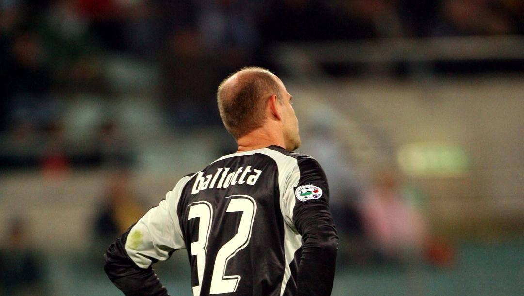 Marco Ballotta, oggi 56 anni, con la maglia della Lazio nella stagione 2007/2008. Gmt