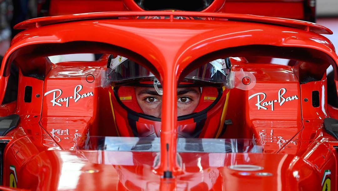 Carlos Sainz nell'abitacolo della Ferrari SF71H