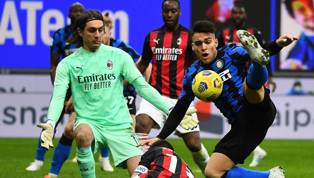 Una fase dell'ultimo derby di Milano, quello di Coppa Italia (GETTY)