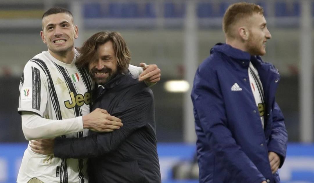 Andrea Pirlo, 41 anni, con Demiral e Kulusevski dopo l'Inter. Ap