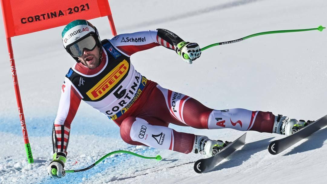 Vincent Kriechmayr in azione a Cortina. Afp