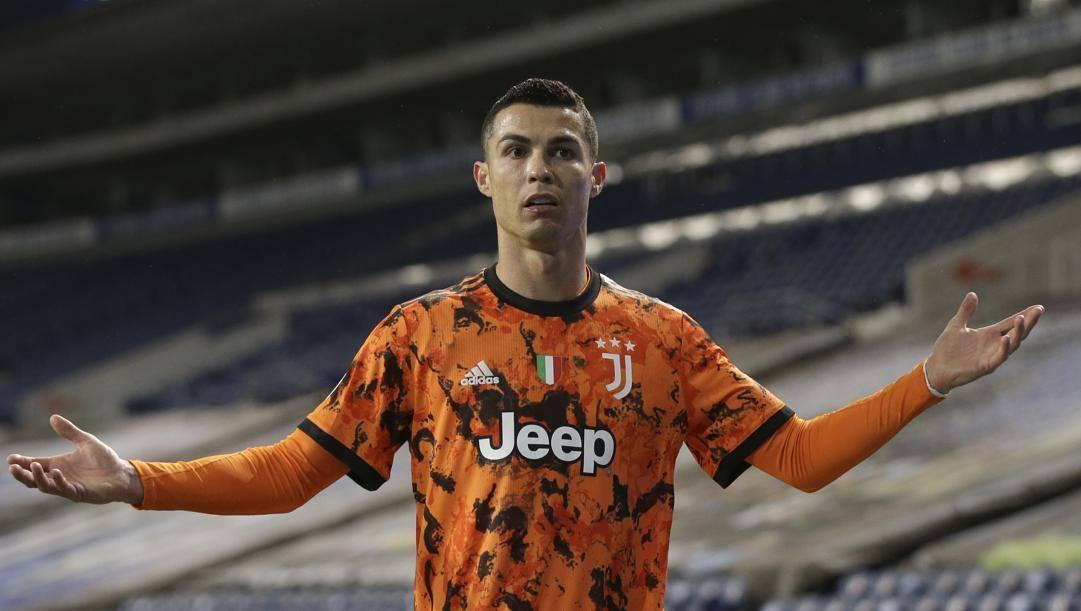 Cristiano Ronaldo nella sfida contro il Porto. Lapresse