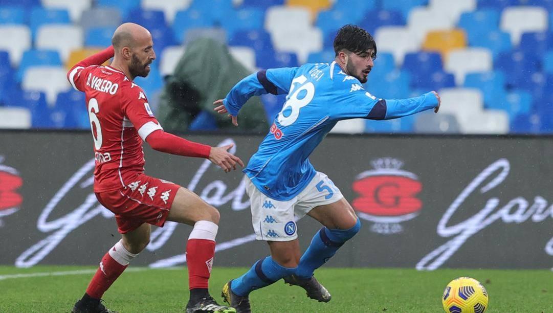 Antonio Cioffi in azione contro la Fiorentina. Lapresse
