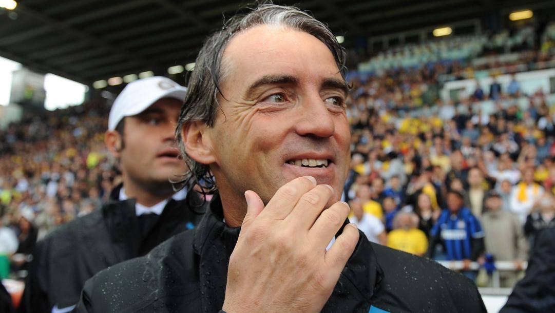 Roberto Mancini dopo la vittoria scudetto a Parma, nel 2008