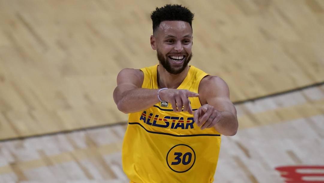 Steph Curry, 32 anni, ha vinto 3 anelli e due mvp in carriera. LaPresse