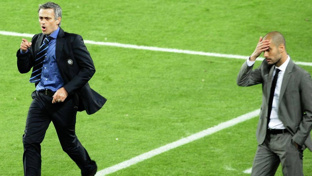 Mou esulta al Camp Nou dopo avere eliminato il Barça di Guardiola nella semifinale di Champions. Ap