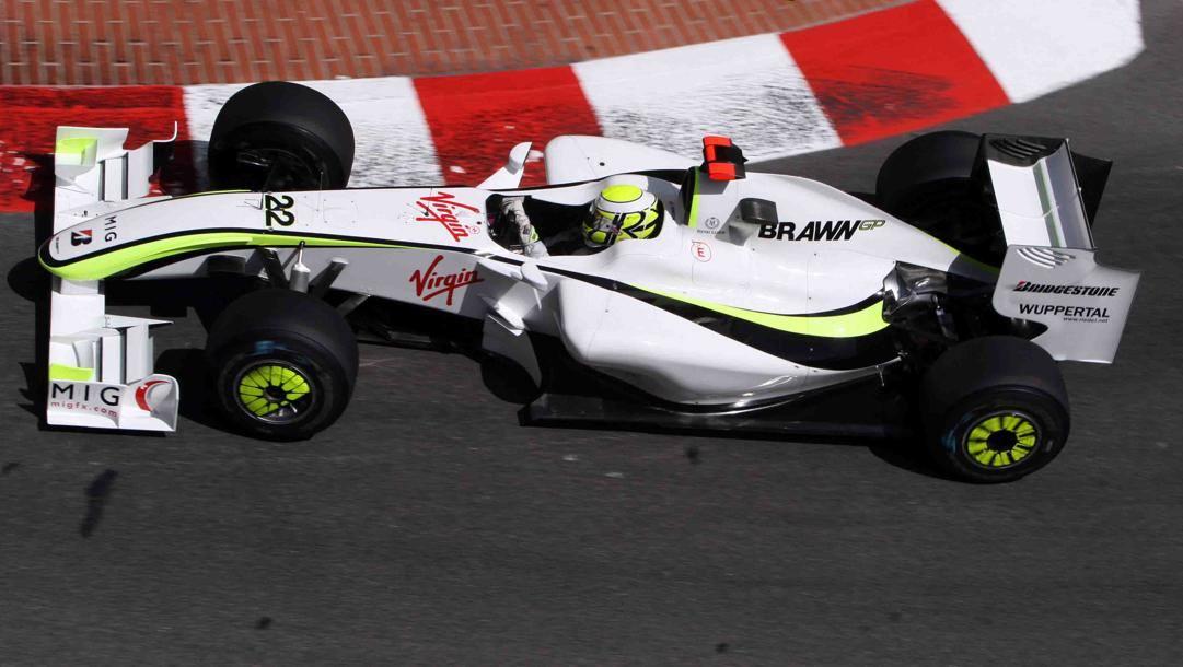 La BrawnGP iridata con Jenson Button