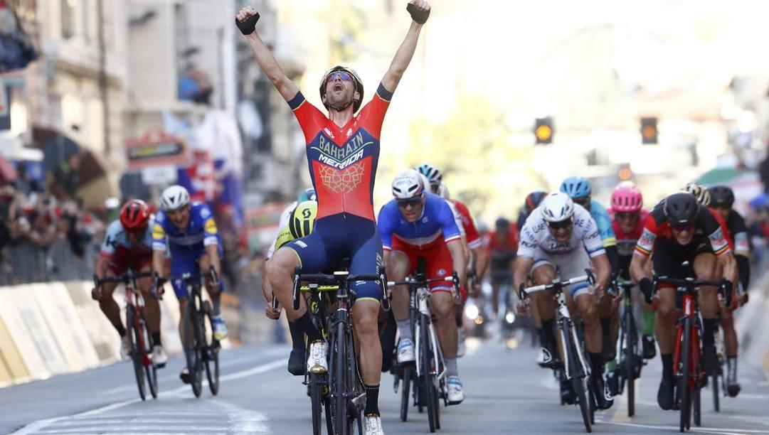 Il trionfo di Vincenzo Nibali alla Milano-Sanremo 2018. Bettini