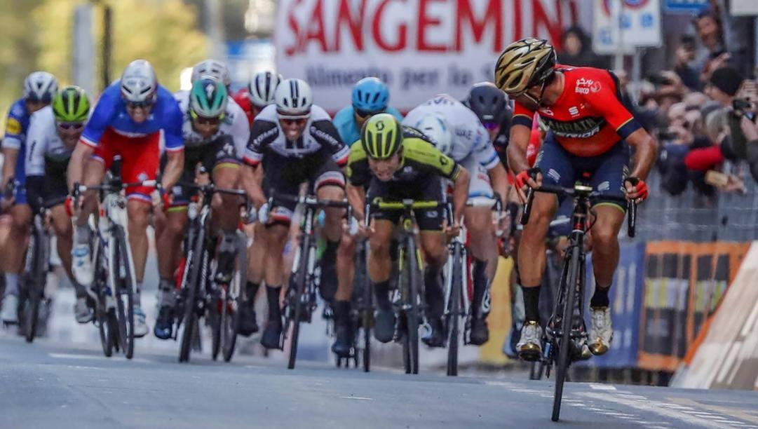 Nibali scappa: è il 2018. Una Sanremo indimenticabile. Bettini