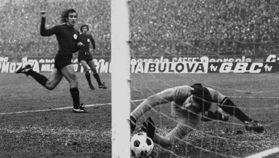 Graziani in azione in quel derby del 1975
