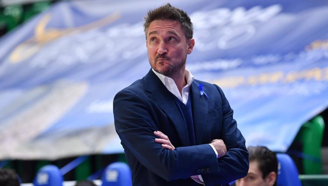 Gianmarco Pozzecco, 48 anni, allena Sassari dal 2019. Ciam/Cas