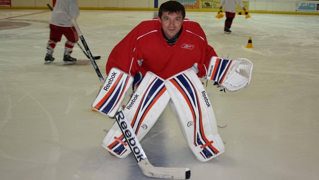 Vitaly Kutuzov, 41 anni, versione giocatore di hockey