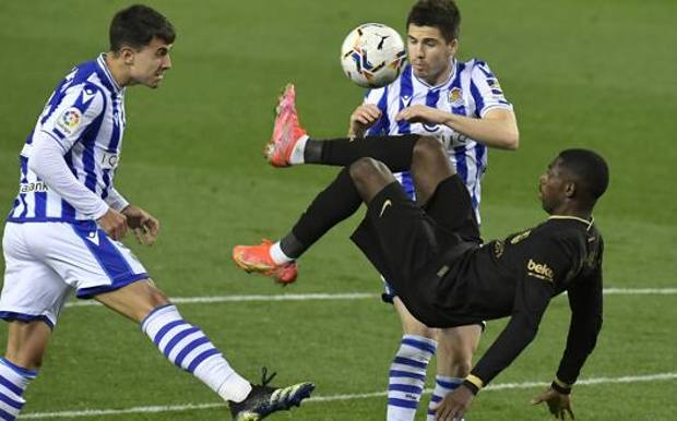 Ousmane Dembélé in azione contro la Real Sociedad. Lapresse