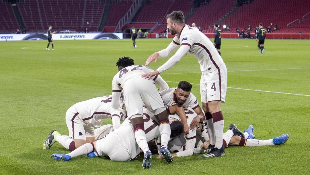 Festa Roma dopo la vittoria dell'andata in Olanda. Ap
