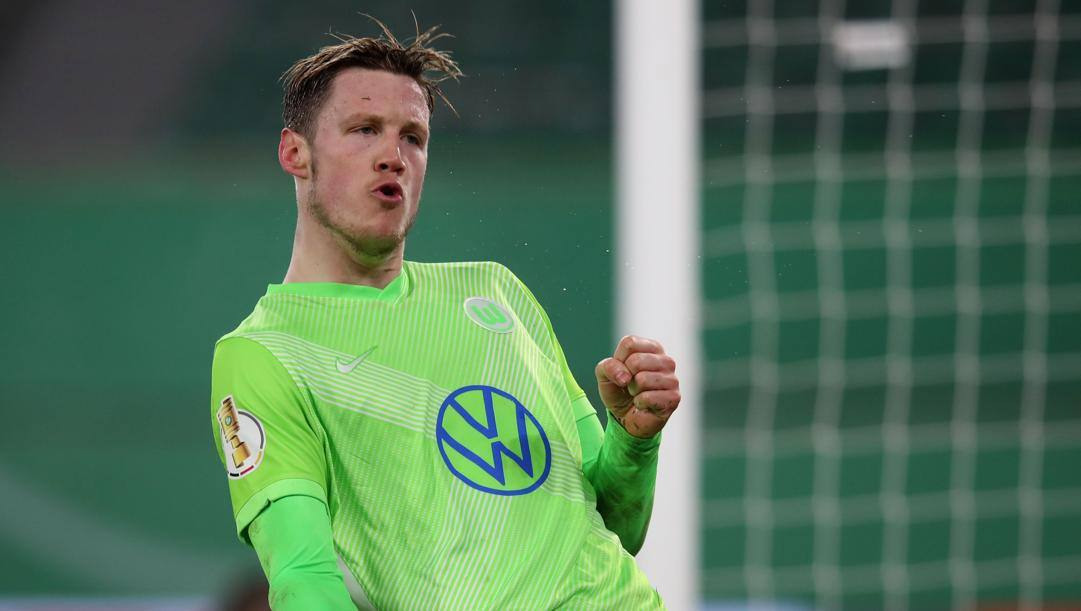Wout Weghorst festeggia dopo un gol. Afp