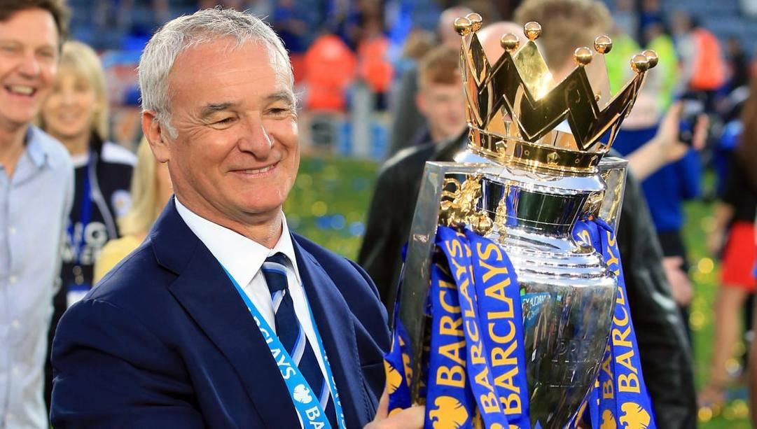 Claudio Ranieri dopo il trionfo con il Leicester. LaPresse