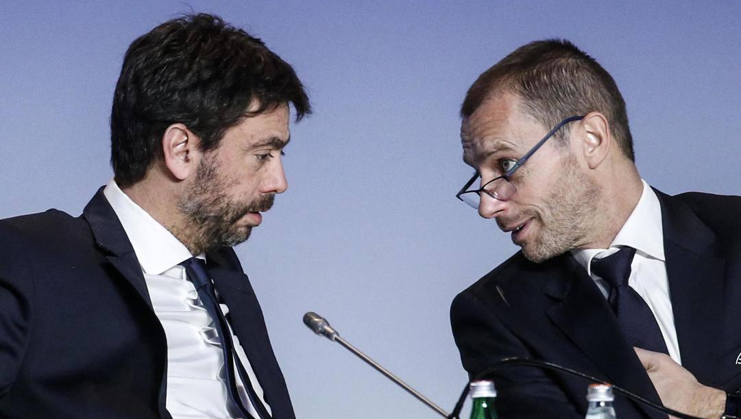 Andrea Agnelli (a sinistra) e il presidente Uefa Aleksander Ceferin (a destra) durante il Congresso di Roma del febbraio  2019