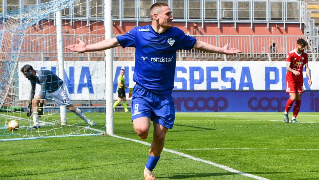 Alessandro Gabrielloni, 26 anni, autore della doppietta della promozione contro l'Alessandria (LAPRESSE)