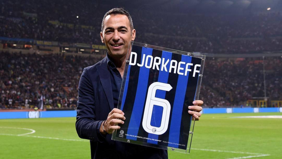 Youri Raffi Djorkaeff (53 anni), in  nerazzurro dal 1996 al 1999: 127 presenze ufficiali, 39 gol e 10 assist e la Coppa Uefa vinta nella stagione 1997-1998. INTER.IT