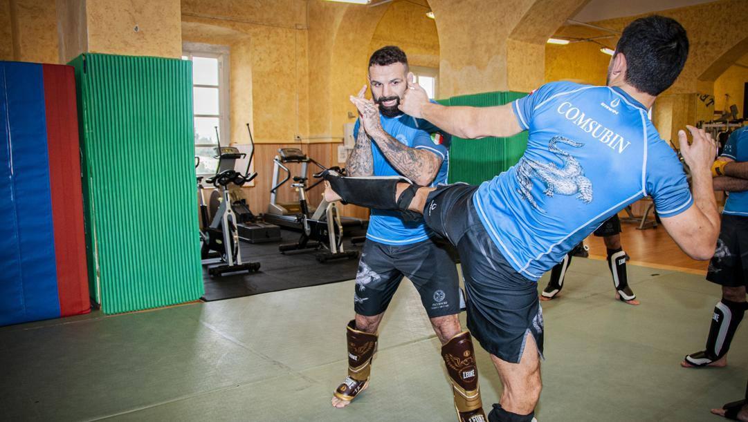 Alessio Sakara in allenamento con i Comsubin