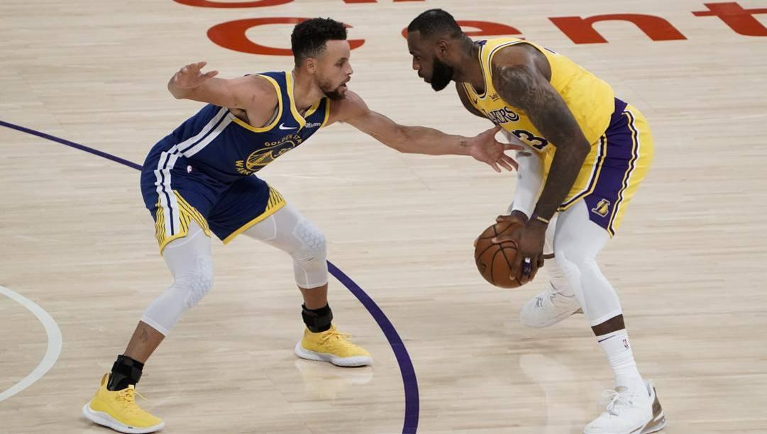 Steph Curry, 33 anni, e LeBron James, 36: sono nati entrambi ad Akron, Ohio, nello stesso ospedale. LaPresse