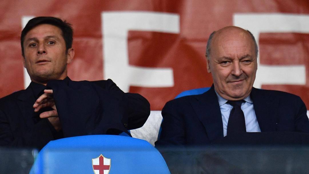 L'ad dell'Inter Marotta col vicepresidente Zanetti. Ansa