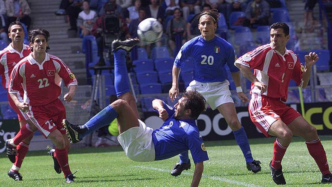 Il gol di Conte nel 2000. Ciamillo