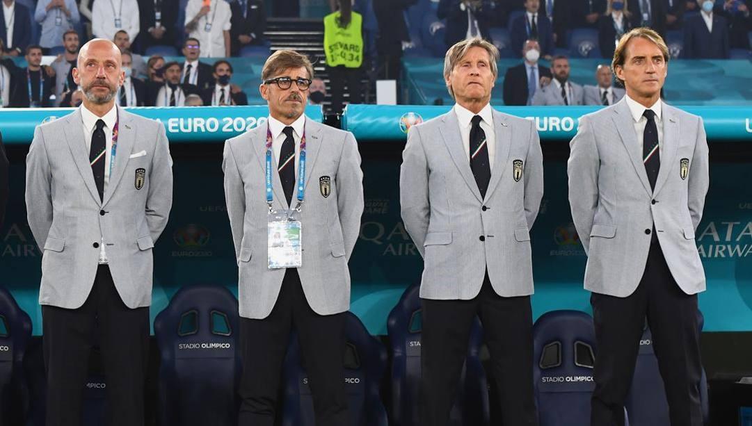 Vialli, Evani e Oriali di fianco a Mancini. Getty