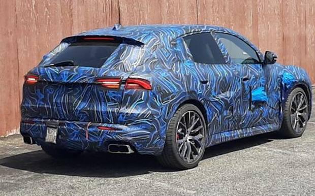 Maserati Grecale camuffata