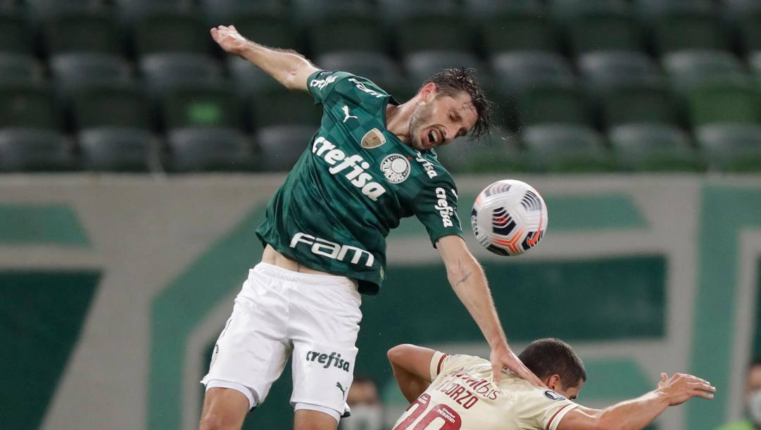 Vina con la maglia del Palmeiras. Afp