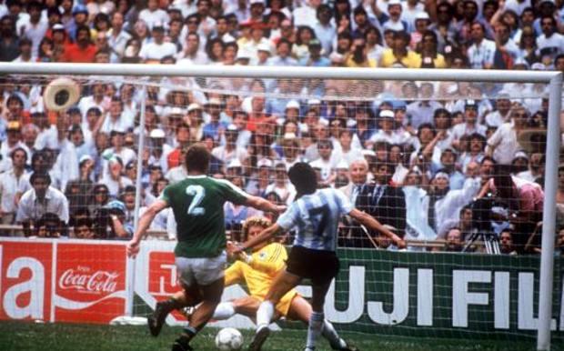 Il 3-2 di Jorge Burruchaga (col numero 7), 58 anni, alla Germania Ovest nella finale mondiale di Mexico '86. Lapresse