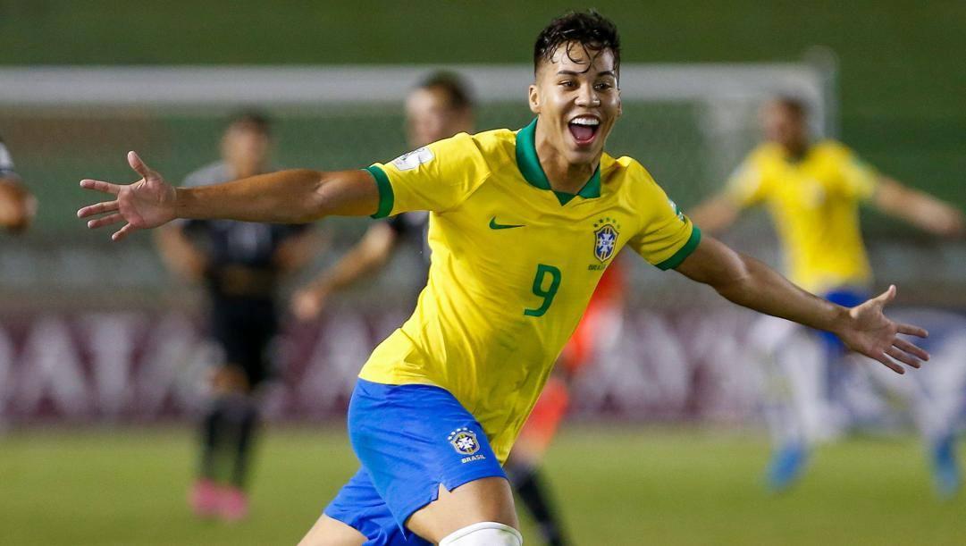 Kaio Jorge, 19 anni, dopo tre stagioni al Santos approda nel calcio Europeo, alla Juventus.