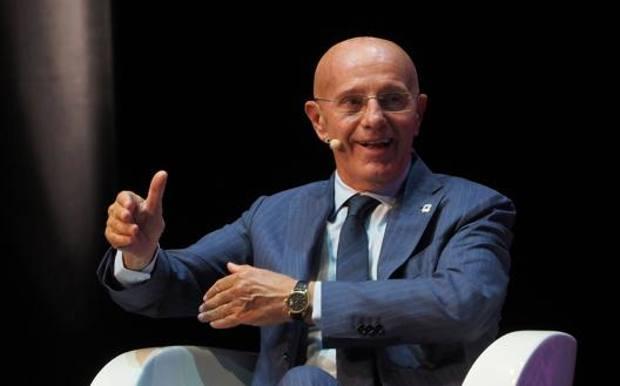 Arrigo Sacchi, 75 anni, ex allenatore del Milan