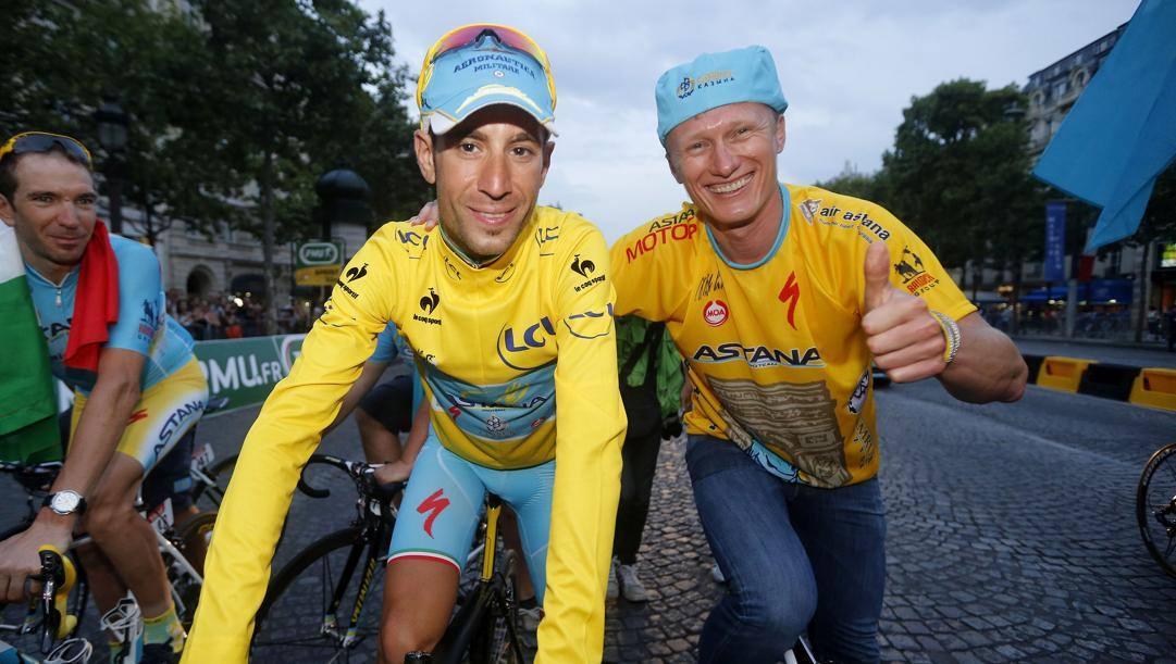 Nibali con Vinokourov al Tour 2014. Bettini