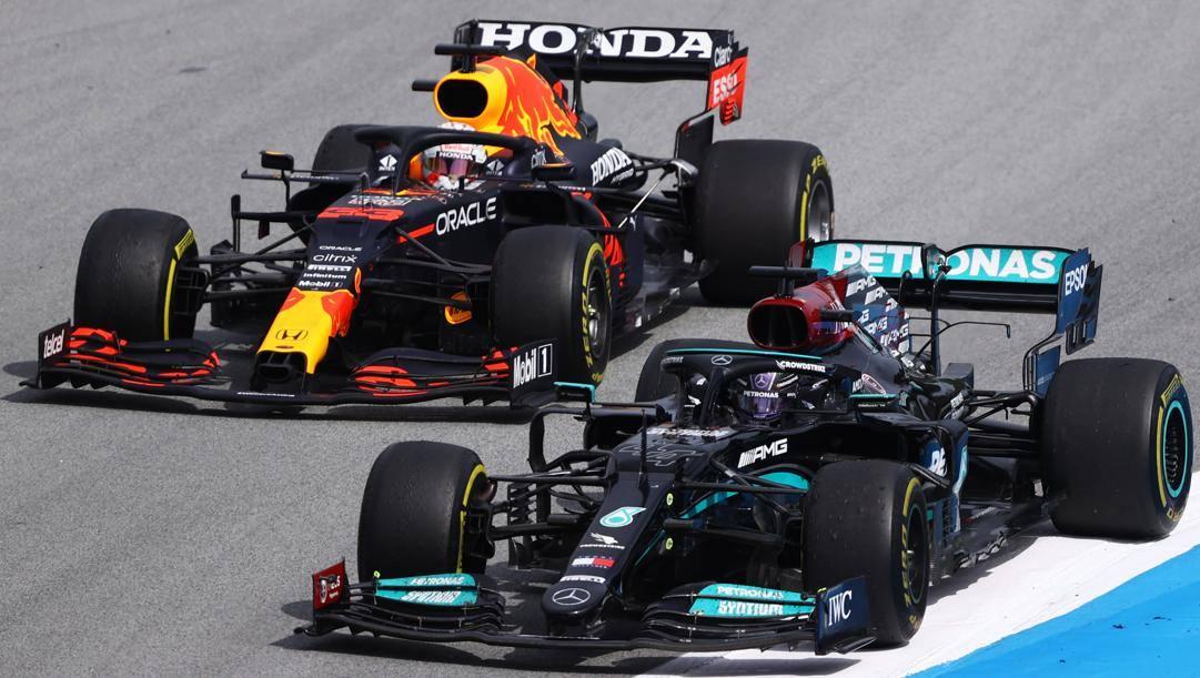 Il testa a testa tra Max Verstappen e Lewis Hamilton. Getty