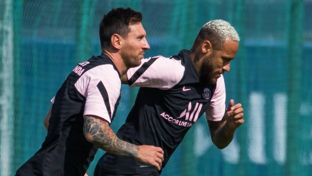 Messi e Neymar nel Psg delle stelle. Epa