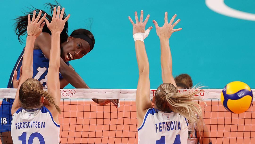 Un attacco di Paola Egonu durante l'ultima Olimpiade. Getty Images