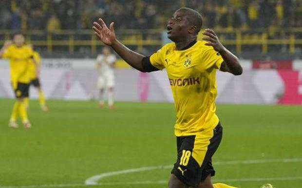 Youssoufa Moukoko, 16 anni, attaccante del Borussia Dortmund