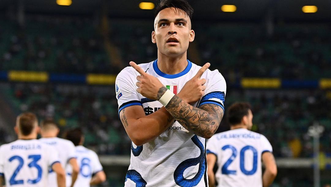 Lautaro Martinez dopo il gol al Verona. Getty