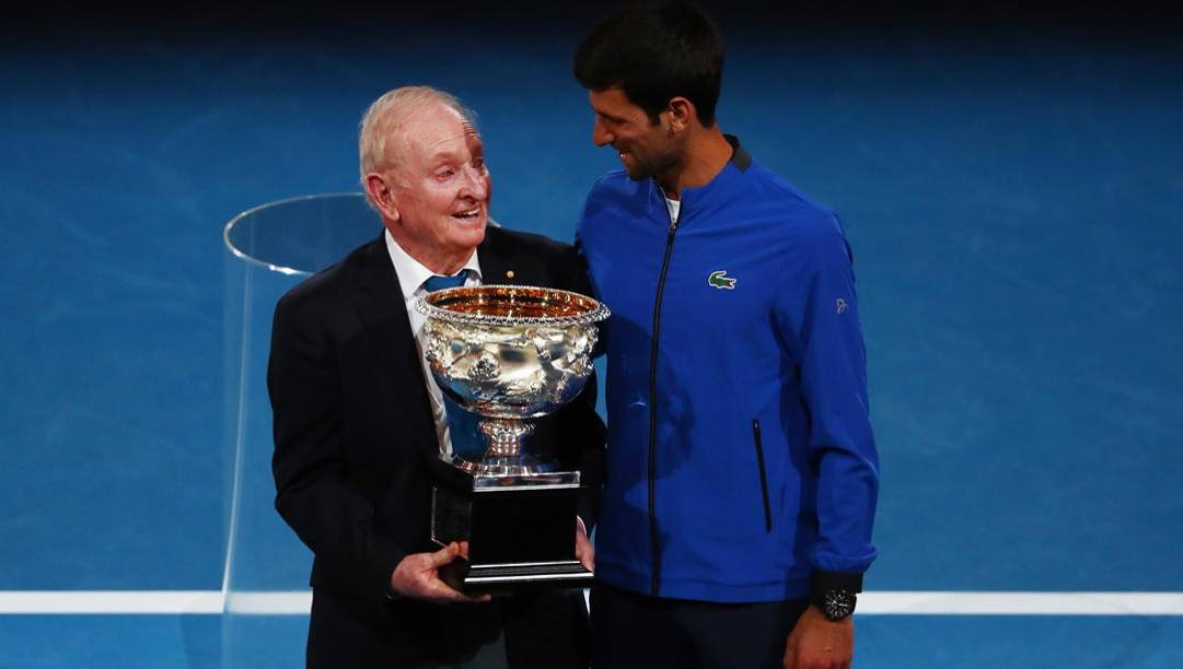 Rod Laver e Novak Djokovic oggi. Getty