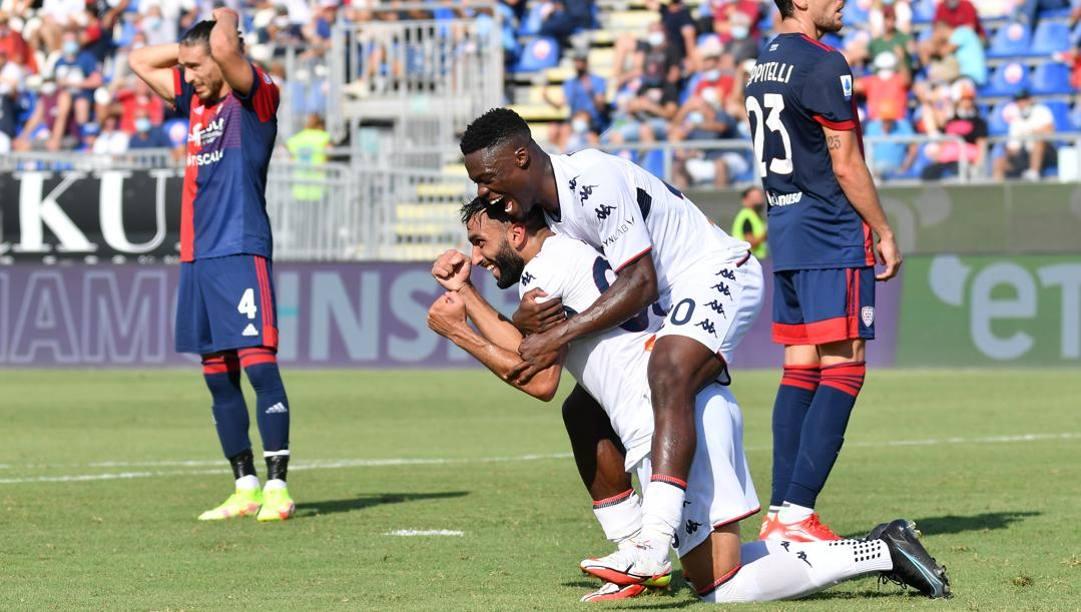 La felicità di Fares dopo il gol vincente. Ciamillo