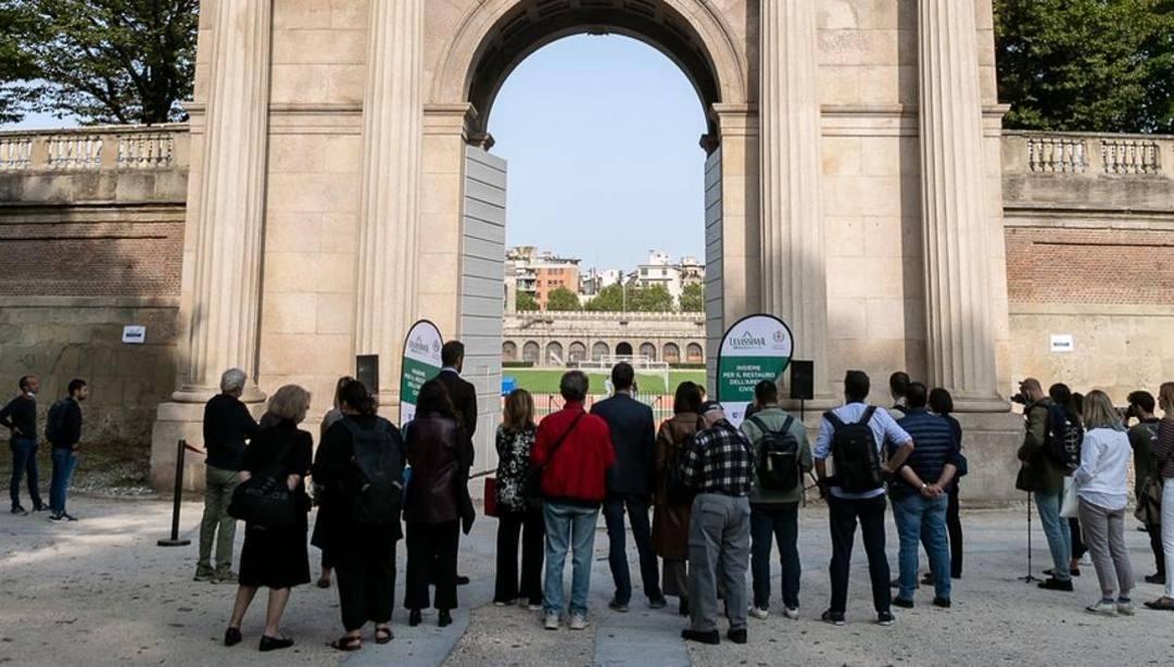 I'inaugurazione della Porta Monumentale
