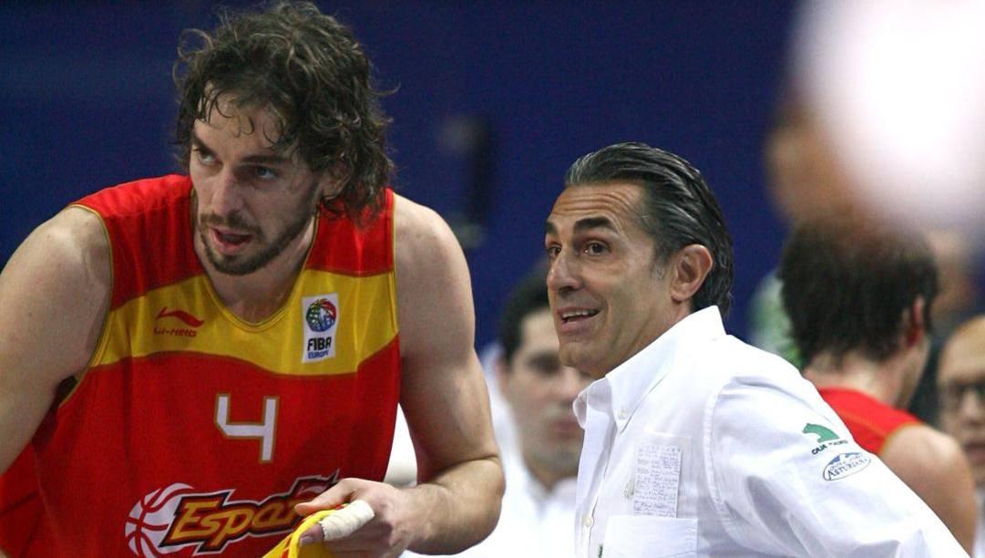 Pau Gasol e Sergio Scariolo nel 2009